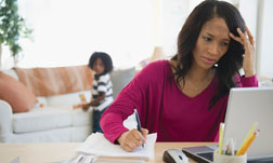 Working women that are single and mothers are 40 percent more likely to have heart disease than other women.